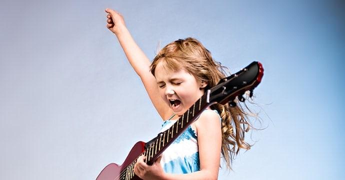 guitar-girl